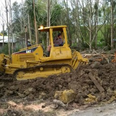 Pronto Hire Cat D4G in action with rippers