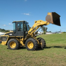 Pronto Hire Caterpillar 910G Loader