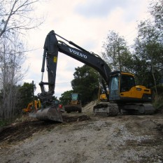 Pronot Hire Volvo EC220 cleaning Silverdale yard