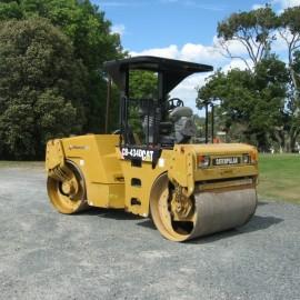 Caterpillar CB434D 7Ton Roller