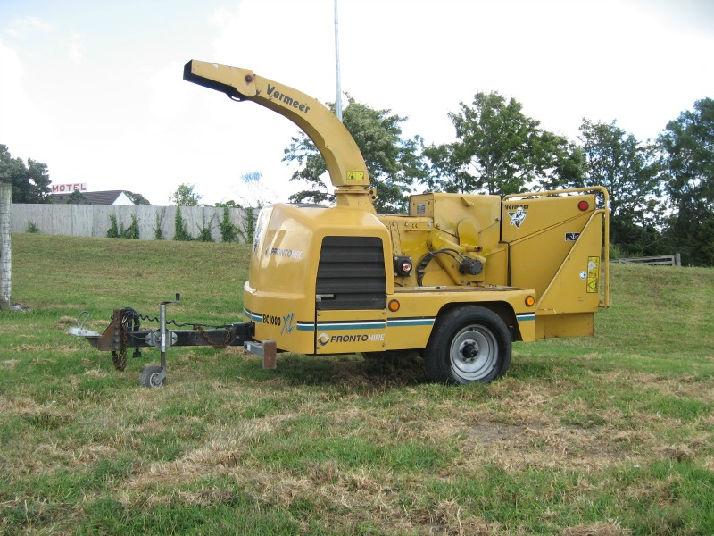 Vermeer BC1000XL Chipper - Pronto Hire