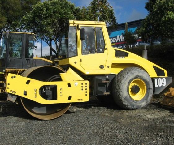 Pronto Hire Bomag BW211D-4 Roller