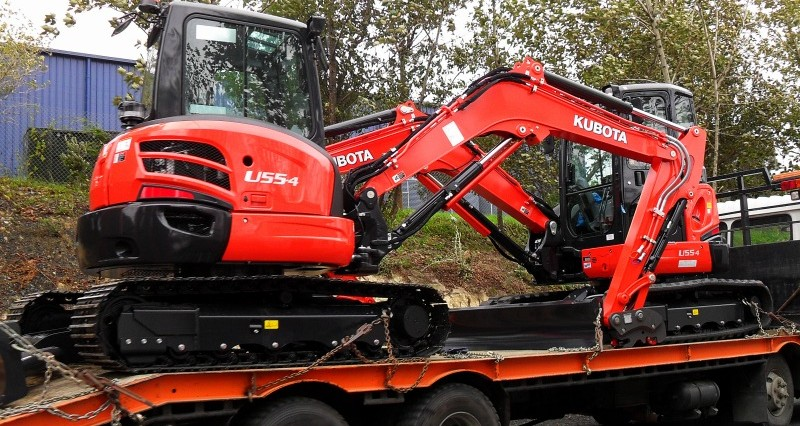 Pronto Hire New Kubota U55 Couple